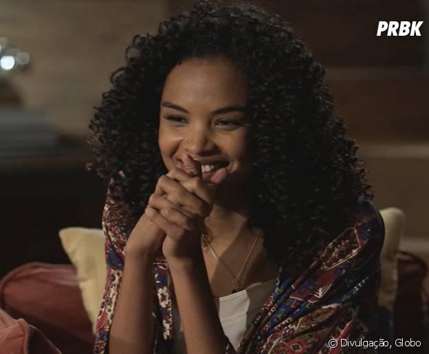 """Novela """"I Love Paraisópolis"""": Patrícia (Lucy Ramos) fica feliz com revelação de Margot (Maria Casadevall)"""