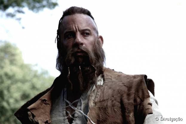 """Vin Diesel, de """"Velozes & Furiosos"""", aparece praticamente irreconhecível em """"O Último Caçador de Bruxas"""""""