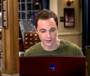 "Em ""The Big Bang Theory"": Sheldon (Jim Parson) e Amy (Mayim Bialik) fazem as pazes!"