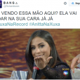 """No """"Programa Xuxa Meneghel"""", Anitta cantou, """"falou"""" sobre sexo e virou meme nas redes sociais"""