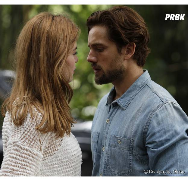 """Em """"Totalmente Demais"""": Felipe (Rafael Cardoso) diz que não vai desistir de Lívia (Alinne Moraes), mesmo após descobrir gravidez de Melissa (Paolla Oliveira)"""