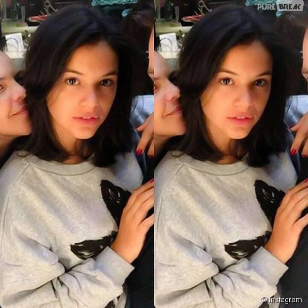 """Bruna Marquezine surge com o cabelo curto em foto no Instagram! Atriz está na série """"O País do Futuro"""""""