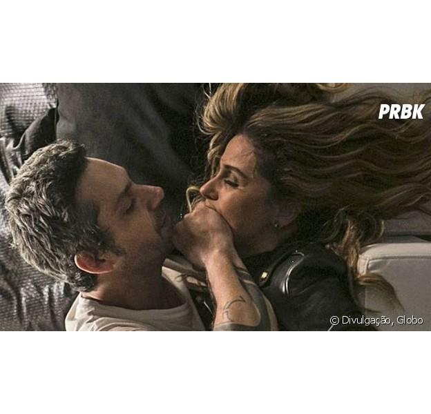 """Em """"A Regra do Jogo"""", Atena (Giovanna Antonelli) fala a verdade sobre Romero (Alexandre Nero) para Tóia (Vanessa Giácomo)!"""