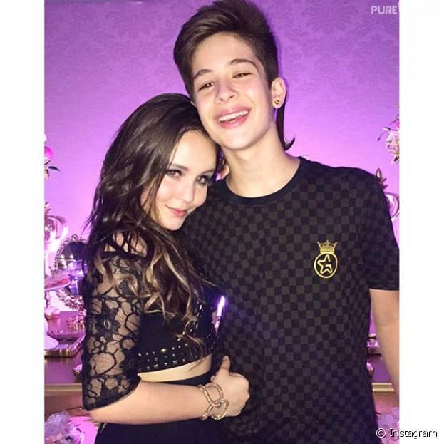 e322982fa8fc2 Larissa Manoela e João Guilherme Ávila, namorando  Os jovens vivem  aparecendo juntos em fotos