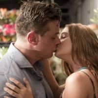 """Novela """"Totalmente Demais: Eliza (Marina Ruy Barbosa) e Arthur quase se beijam após briga com Carol"""