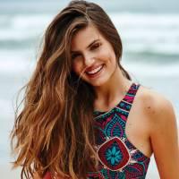 """Camila Queiroz, de """"Êta Mundo Bom"""", comenta desafio de emendar novelas: """"Não é cansativo"""""""