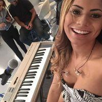 """Lexa canta sucessos, fala sobre """"Big Brother"""", estudos e mais no """"Encontro com Fátima Bernardes""""!"""