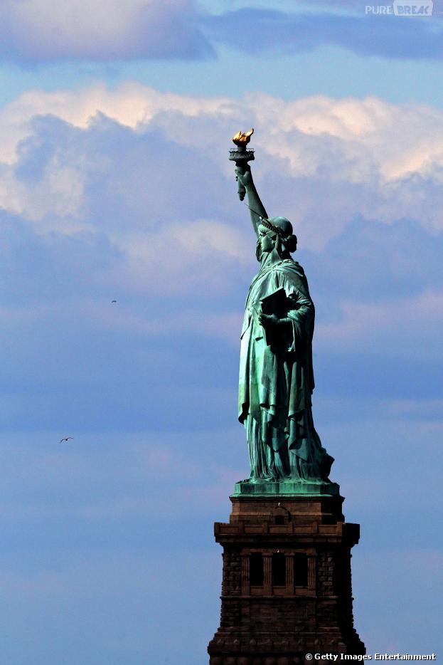 A Estatua da Liberdade é um dos monumentos que estão fechados devido briga política nos Estados Unidos
