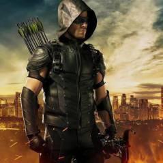 """Em """"Arrow"""": na 4ª temporada, Oliver (Stephen Amell) guarda segredo de Felicity e se sente culpado!"""