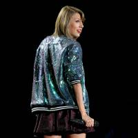 Taylor Swift, após Kim Kardashian e Katy Perry, anuncia lançamento de game para celular!