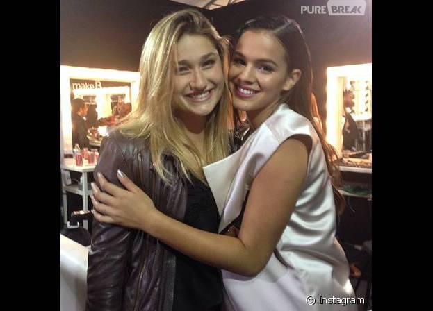 Bruna Marquezine e Sasha Meneghel são amigas desde quando eram bem pequenininhas!