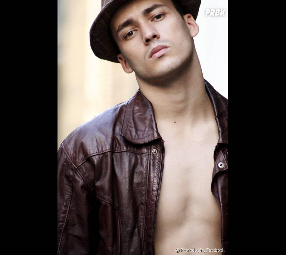 """Para depois de """"Amor à Vida"""", Rodrigo Andrade vai focar em sua carreira musical: """"Muito em breve vou gravar um clipe"""""""