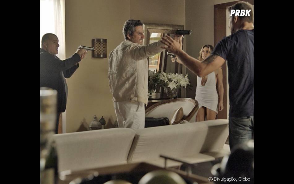 """Em """"A Regra do Jogo"""": Romero (Alexandre Nero) morto, Tóia (Vanessa Giácomo) fora da cadeia e todos os mistérios do fim da novela!"""