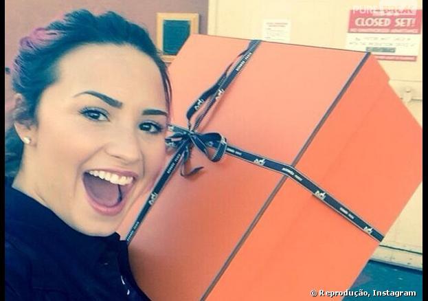 A diva teen Demi Lovato está feliz por ter shows esgotados no Brasil