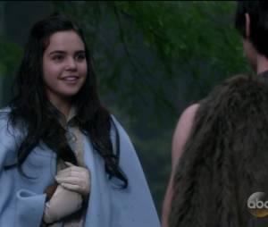 """Em """"Once Upon A Time"""": na 5ª temporada, Branca de Neve (Ginnifer Goodwin)conheceu Hércules (Jonathan Whitesell)na sua adolescência"""