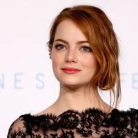 Emma Stone vai interpretar irmã do ex-presidente John F. Kennedy no cinema. Confira!
