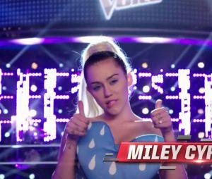 """No """"The Voice US"""": na 10ª temporada, Miley Cyrus aparece em novo comercial do reality"""