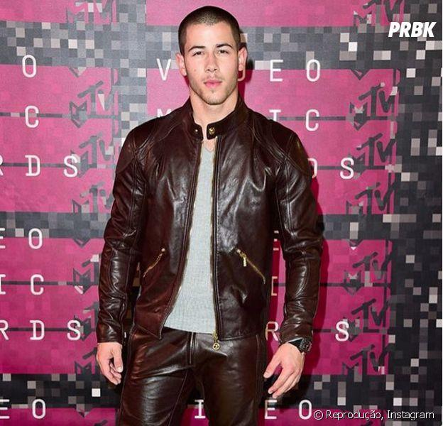 Nick Jonas divulga prévia de parceria com Tove Lo