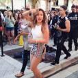 """Jennifer Lopez se chega para gravar o clipe de """"We Are One"""" com Claudia Leitte e Pitbull"""