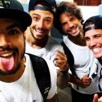 """Caio Castro, Felipe Titto e outros em fotos de """"Saltibum"""" do """"Caldeirão do Huck"""""""