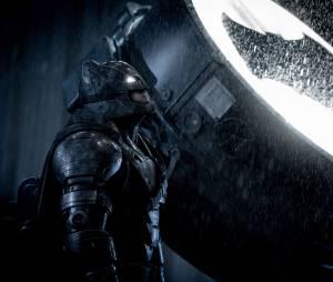 """""""Batman Vs Superman: A Origem da Justiça"""" liderou a bilheteria dos EUA por algumas semanas"""