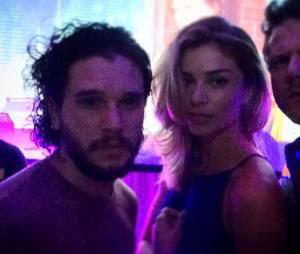 """Depois de muita especulação, Grazi Massafera confirma que ficou com Kit Harigton, da série """"Game of Thrones"""""""