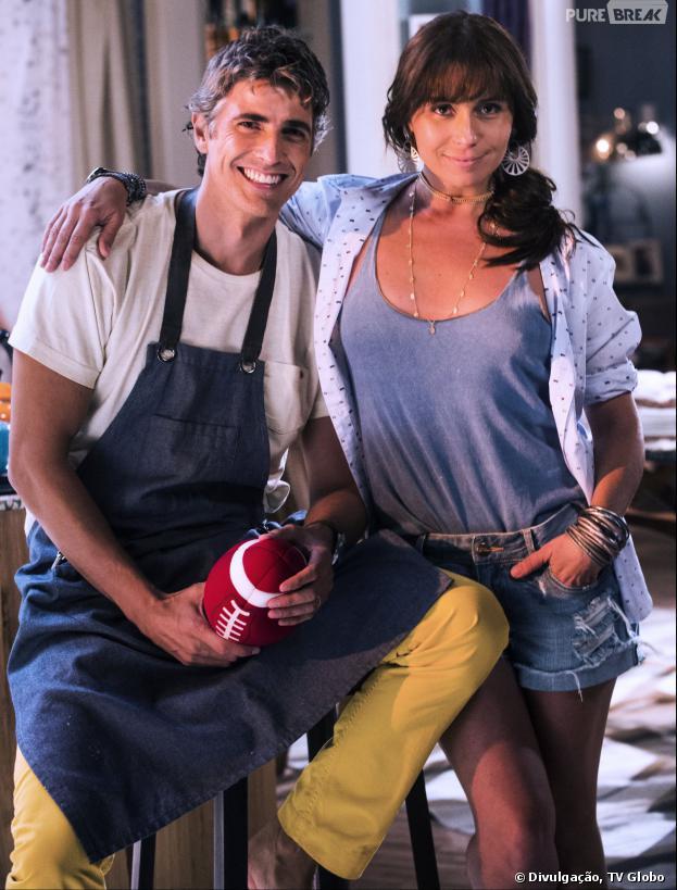 """Cadu (Reynaldo Gianecchini) vai perceber o envolvimento de Clara (Giovanna Antonelli) e Marina (Tainá Muller) na trama de """"Em Família"""""""