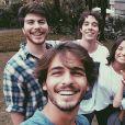 """Marina Moschen se dá muito bem com o elenco de """"Malhação"""""""