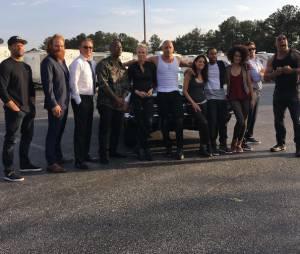 """Elenco de """"Velozes & Furiosos 8"""" aparece reunido em foto postada por Vin Diesel"""