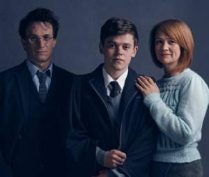 """A peça """"Harry Potter and the Cursed Child"""", com J.K. Rowling ajudando no roteiro, ganhou suas primeiras imagens"""