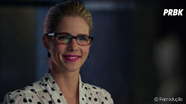 """Em """"Arrow"""", Emily Bett Rickards iria participar apenas de dois episódios antes de ser escalada para elenco recorrente!"""