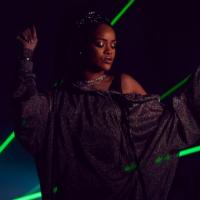 """Rihanna e Calvin Harris em """"This is What You Came For"""": cantora aparece deslumbrante em fotos!"""