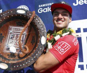 Gabriel Medina vence etapa mundial em Fiji e se torna bi-campeão no circuito