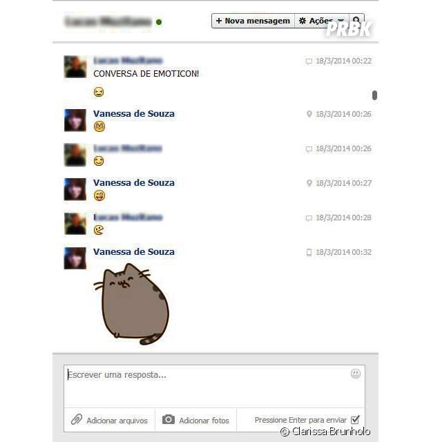 O começo de tudo. Tédio da madrugada? Esses jovens resolveram se distrair com carinhas e stikers do Facebook Messenger.