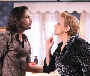 """Stella (Betty Lago) fará uma revelação bombástica para seu filho Otávio (Felipe Cardoso) em """"Pecado Mortal""""!"""