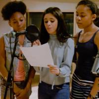 Camila Cabello, do Fifth Harmony, lança clipe de projeto solo com produtor Benny Blanco