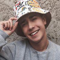 Luis Mariz alcança 2 milhões de inscritos no Youtube e vira Trending Topic no Twitter!