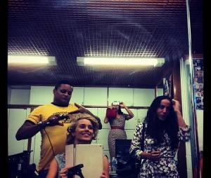 """No Instagram, Carolina Dieckmann compartilhou uma foto dos bastidores das última cenas de """"Joia Rara"""""""