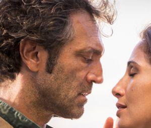 """Tereza (Camila Pitanga) traz o amanteSanto (Domingos Montagner) de volta para casaem """"Velho Chico"""""""