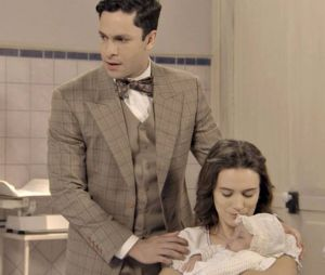 """Em """"Êta Mundo Bom!"""": Celso (Rainer Cadete) assume filha de Maria (Bianca Bin)!"""