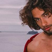 """Pablo Morais, de """"Sol Nascente"""", fala sobre namoro com Anitta e assédio dos fãs: """"Muita coisa louca"""""""