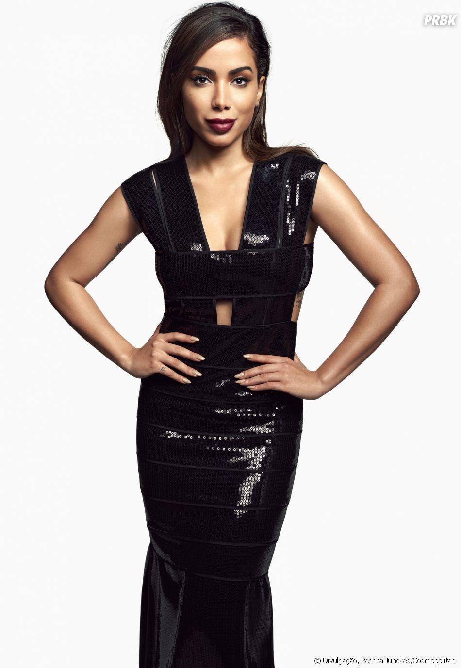 Anitta é capa da edição de aniversário da revista Cosmopolitan