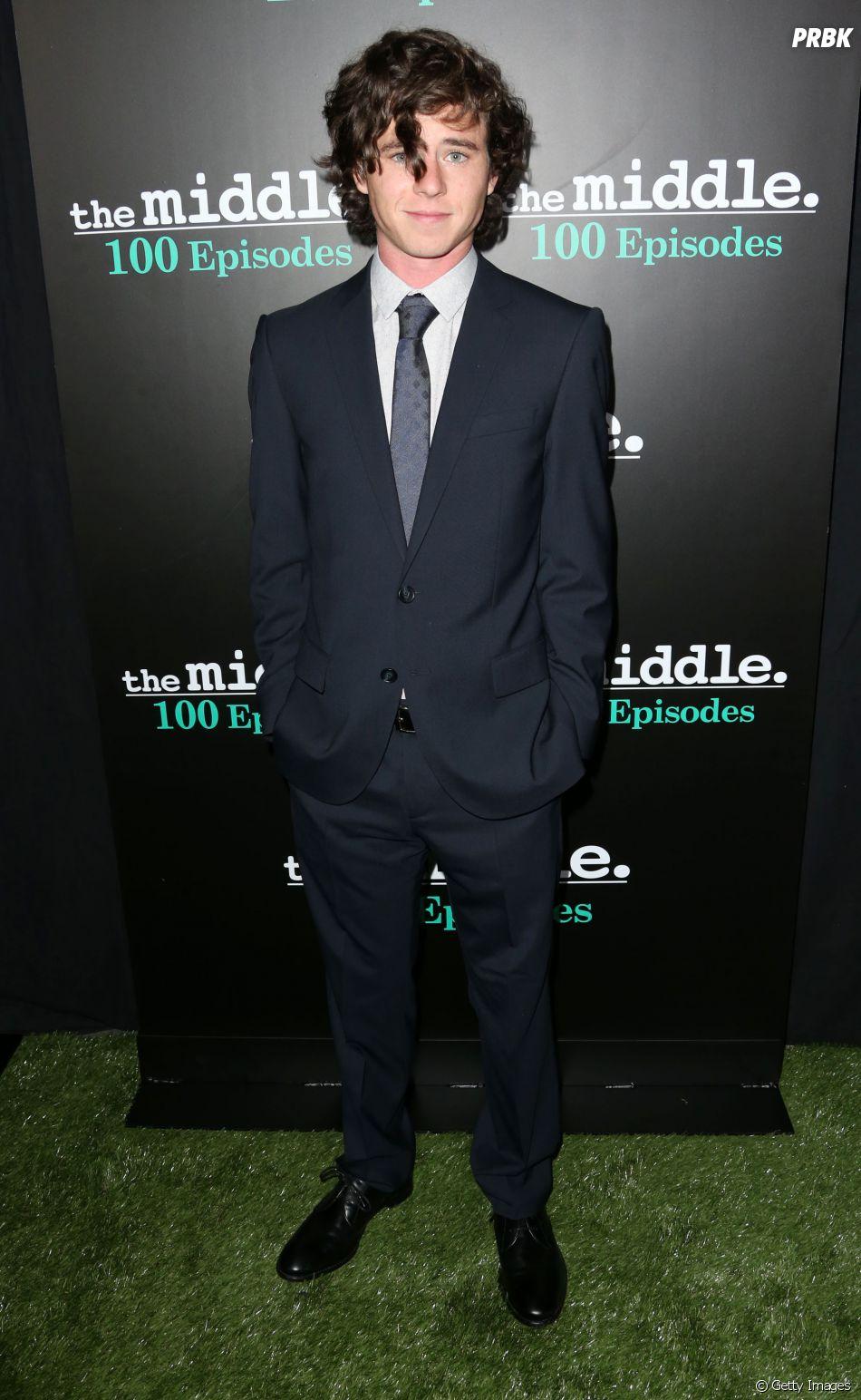 """E Charlie McDermott, de """"The Middle"""", também merece seu lugar no time de gatos da ABC, né?"""