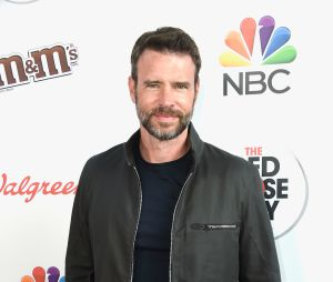 "Scott Foley, de ""Scandal"", faz bonito no time de gatos da ABC"