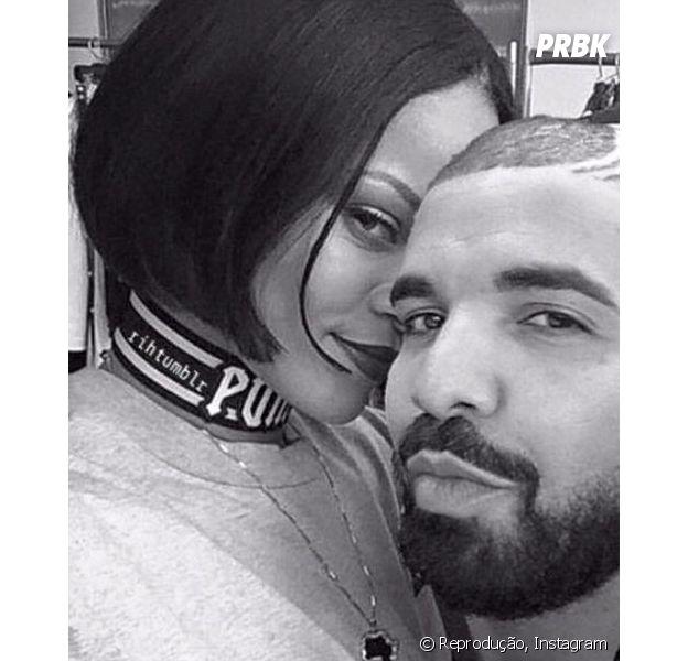 Drake volta a se declarar para Rihanna durante show e fãs piram