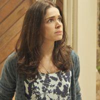 """Novela """"Haja Coração"""": Shirlei (Sabrina Petraglia) é presa por roubo de joias!"""
