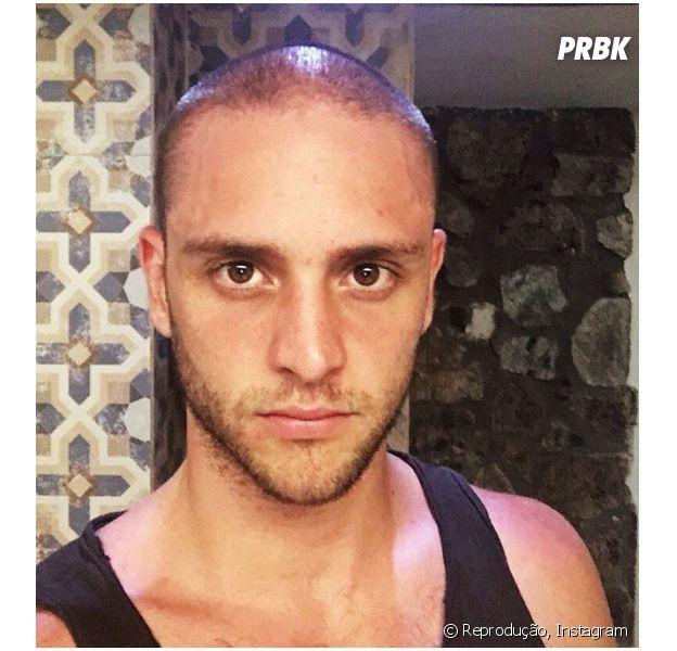 Christopher Uckermann, ex-RBD, muda o visual e exibe cabeça raspada em foto do Instagram!