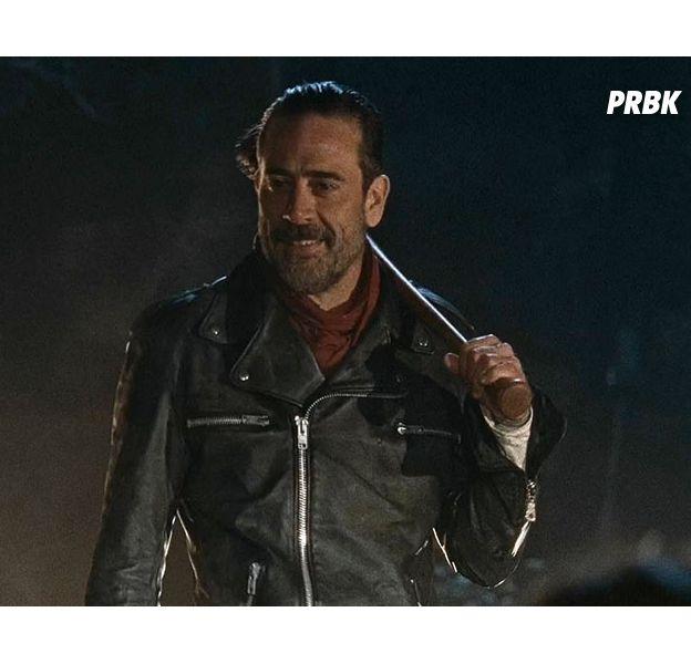 """Em """"The Walking Dead"""", Negan (Jeffrey Dean Morgan) continua por um bom tempo na história!"""