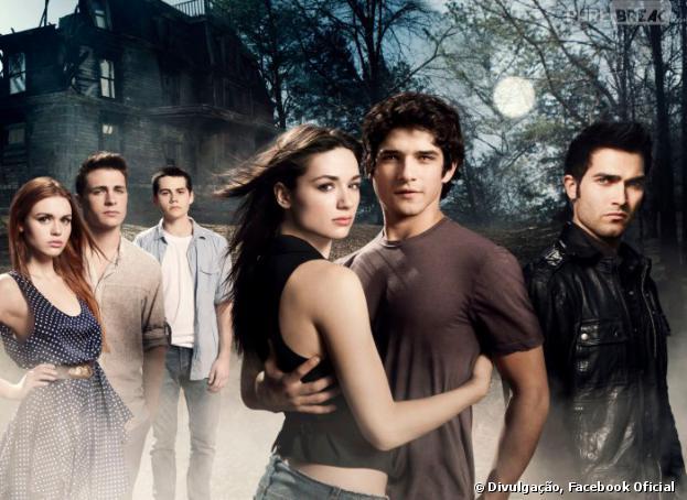 """""""Teen Wolf"""" conta a história de Scott McCall (Tyler Posey), um estudante que têm sua vida tranformada quando é mordido por um lobisomem!"""