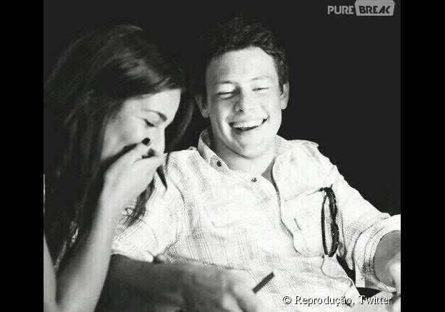 """Lea Michele faz homenagem a Cory Monteith no dia em que o ator completaria 33 anos: """"O maior coração e o sorriso mais lindo"""""""